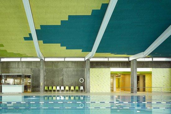 Surprising interior of redesigning sport center leonberg for Sport swimming pool design