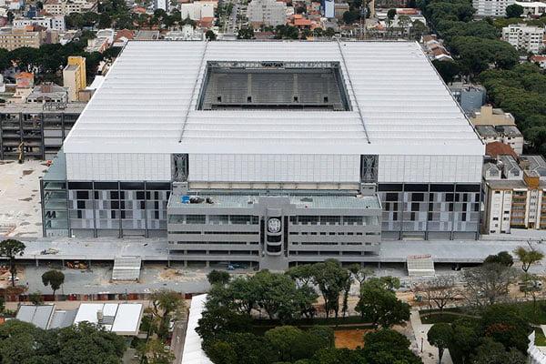 Incredible-football-soccer-Stadiums-of-2014-WorldCup-brazil-02-arena-da-baixada