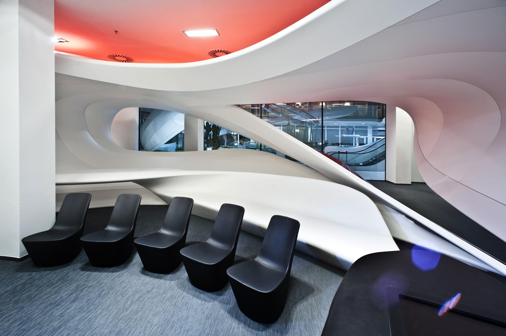 Vodafone customer experience center interior design for Interior design work experience