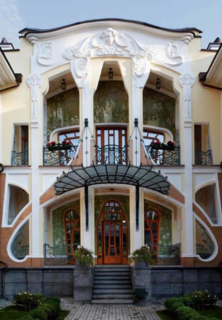 art nouveau architecture features,