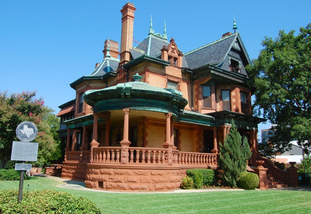 What is Arts and Crafts Architectural Style Houses Characteristics ...