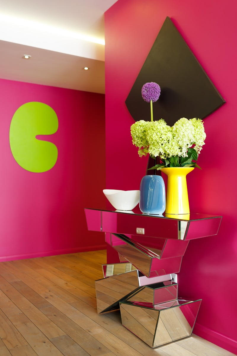 Home Design Ideas Colors: Bright Paint Color Ideas For A Family Home Decor In Russia