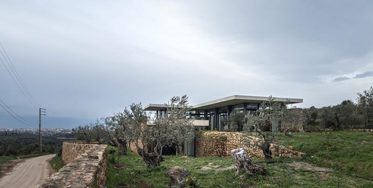 Modern Mediterranean House, Mediterranean Modern Homes, Mediterranean Modern House Designs, Contemporary Mediterranean Interior Design, Modern Mediterranean House Exterior, Mediterranean Modern Design, Contemporary Mediterranean Design, Mediterranean Modern Mansion,