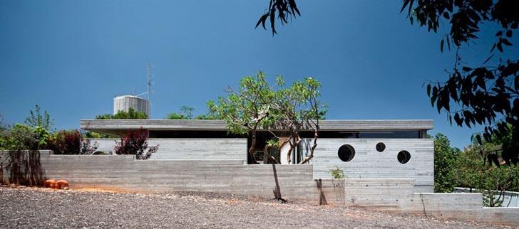 exposed concrete,