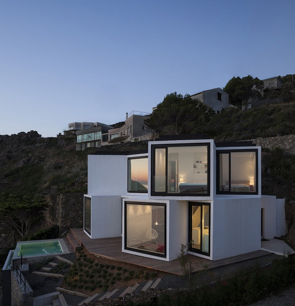 Seafront, Sunflower Modern House Architecture, Design,