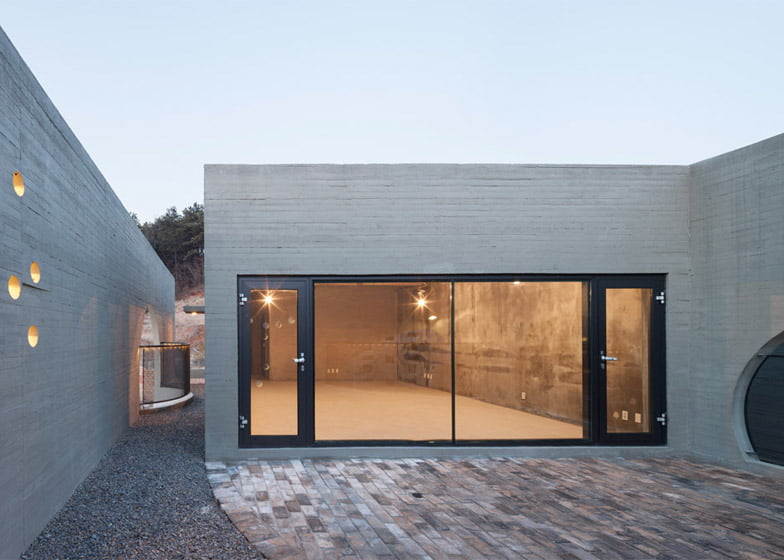 Two Moon Junction, Twin House, Architectural Designs, Concave Exposed Concrete Texture Facades, Ar. Moon Hoon, Seoul, South Korea,