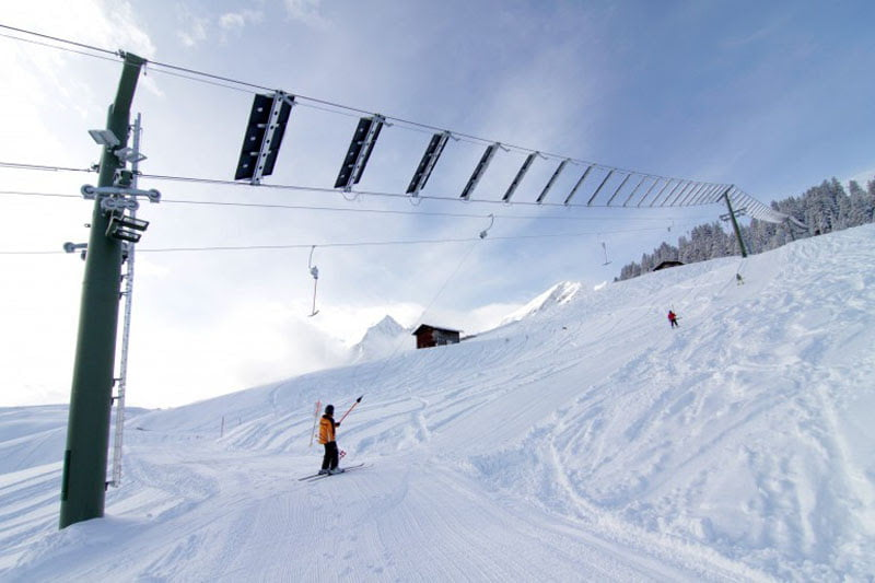Swiss village hosts world's first-of-its-kind solar-powered ski lift 1