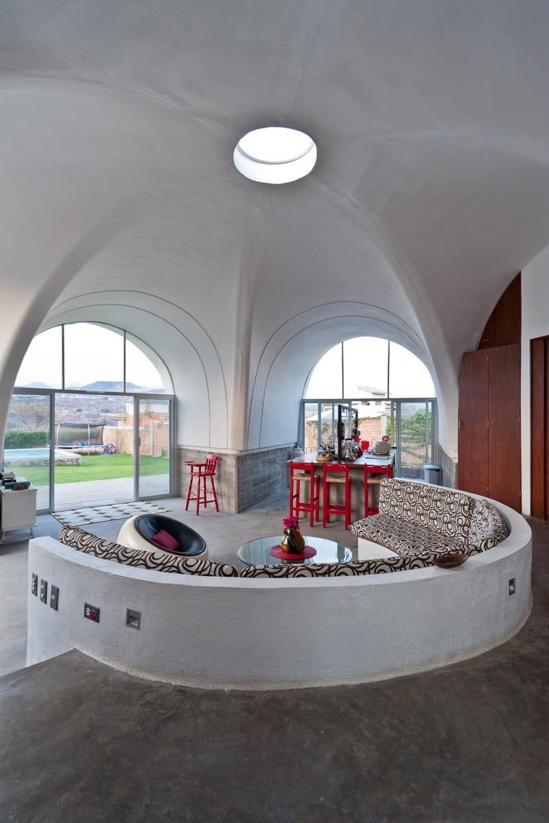 parabolic vaulted ceiling house architecture,