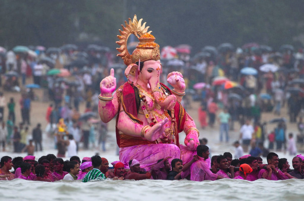ganesh chaturthi, ganesh chaturthi celebration, ganesh chaturthi utsave, ganesh chaturthi pics, ganesh chaturthi celebration in India, ganesh chaturthi greetings, ganesh chaturthi SMS, ganesh chaturthi messages, ganesh chaturthi wishes, ganesh chaturthi sandesh, ganesh chaturthi quotes, ganesh chaturthi songs, ganesh chaturthi pictures, ganesh mantra,