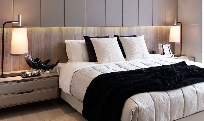 bedroom decoration with black and white bed sheet