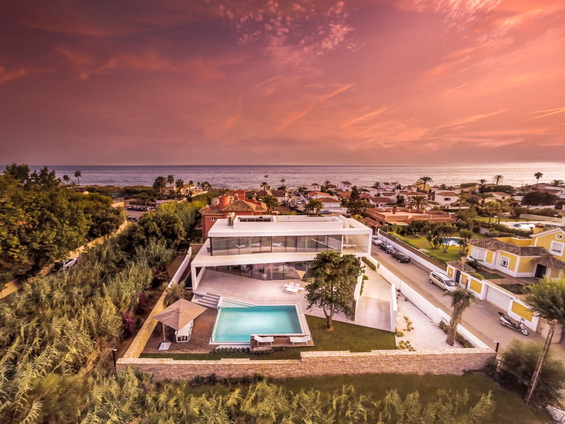 Modern Holiday Home Architecture In Marbella Spain