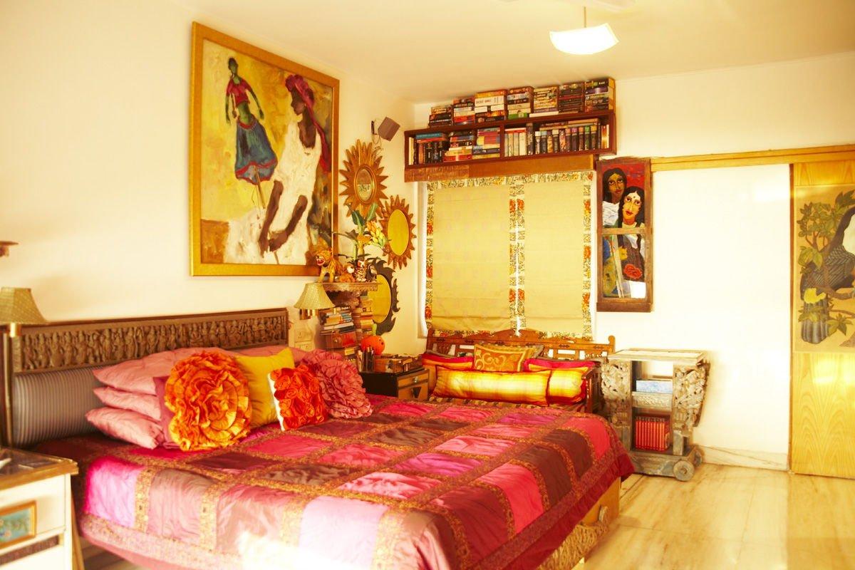 elegant and cozy bedroom decoration