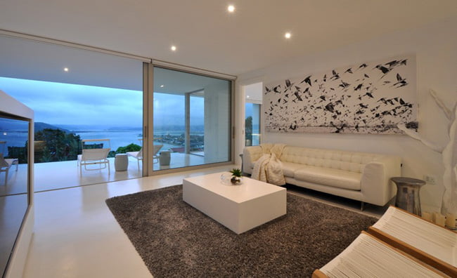Shades of White Color in Modern House with Valley View in Knysna, South Africa (13)