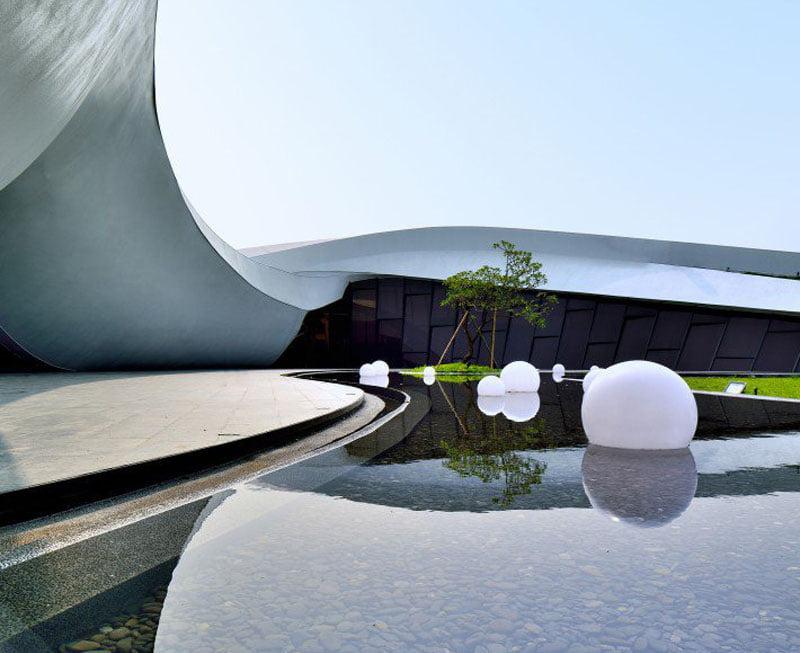 Flowing Tai Chi Sales Center by Cruz Kang