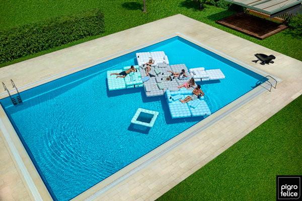 Pigro-Felice-pool floats