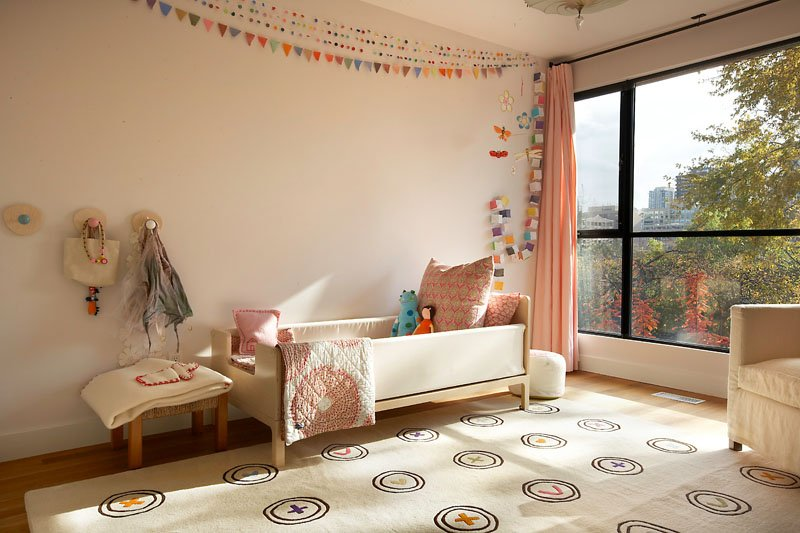 colorful-customiz-rugs for kids rooms