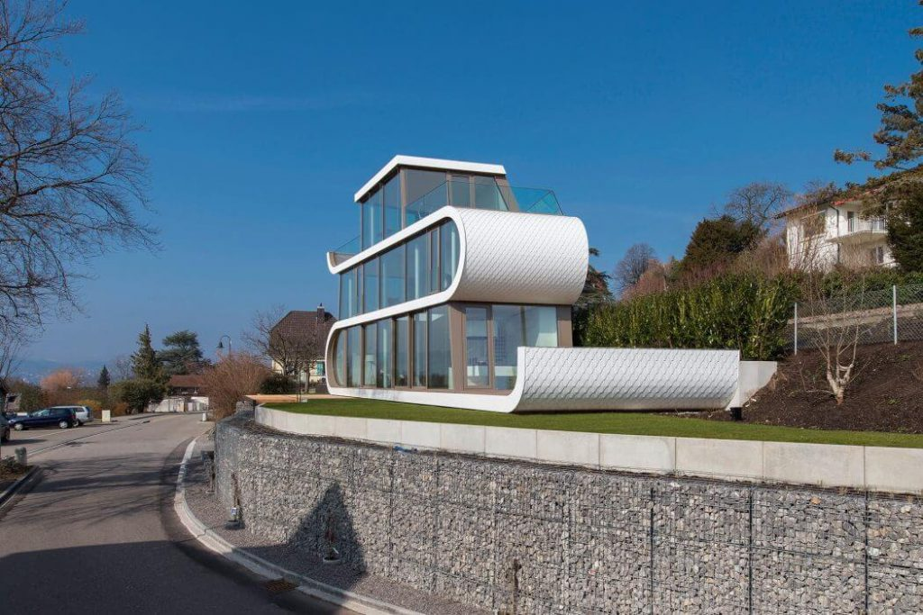 Flex House Design develope on High level plinth