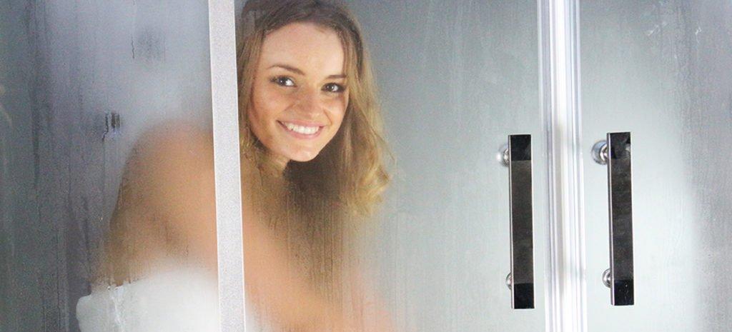 shower enclosures for Steam