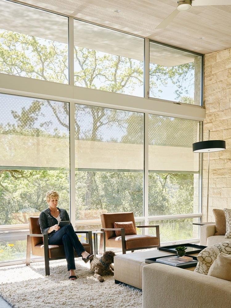 A Savant system gives the residents centralized control of the lighting, heating, audio.