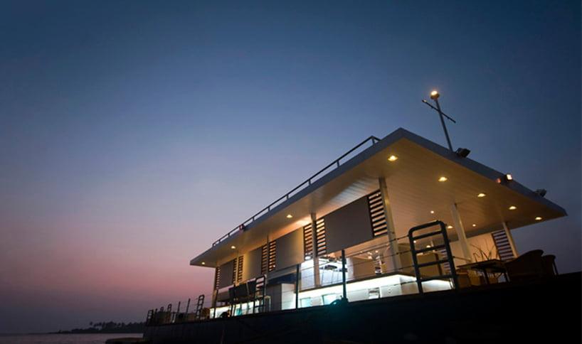waterfront restaurant in goa india