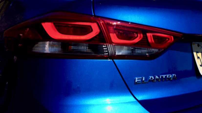 2017 Hyundai Elantra LED Tail Lights
