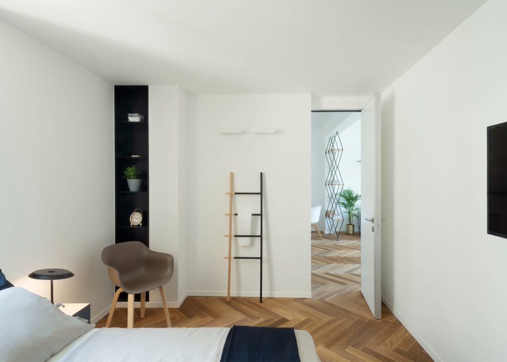 White Bedroom Ideas for Contemporary Apartment Interior