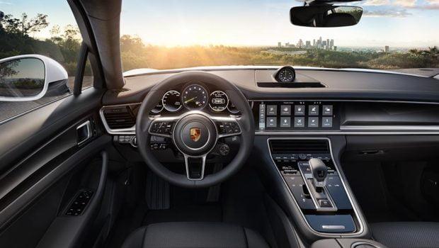 porsche-4-e-hybrid-interior