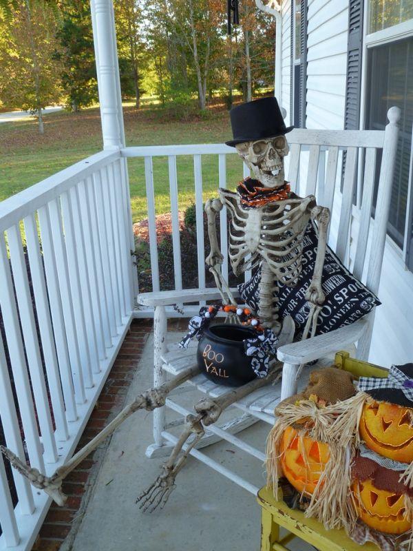 halloween-front-door-decorations