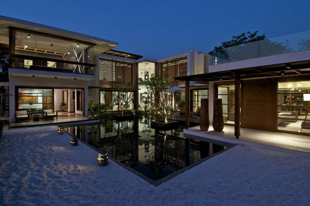 modern courtyard house,